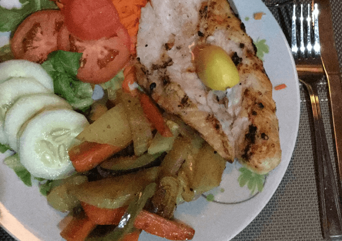 https://roatan-guavagrove.com/wp-content/uploads/2016/03/grilled-chicken.png