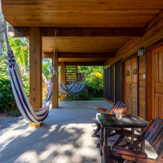 https://roatan-guavagrove.com/wp-content/uploads/2020/03/garden-hotel-room-roatan-4-540x540.jpg